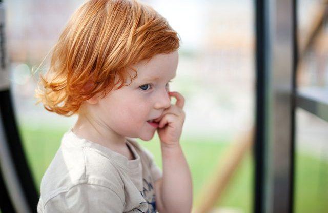 Kousání nehtů u dětí