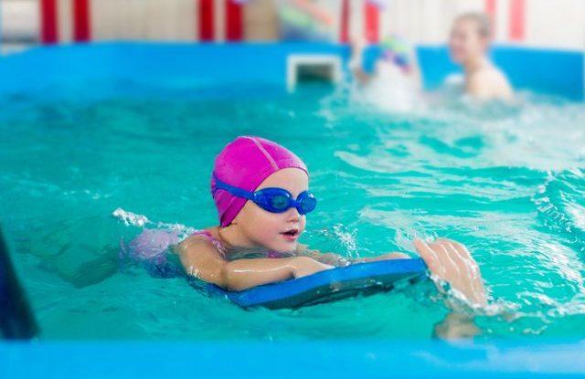 Plavecký kurz pro děti