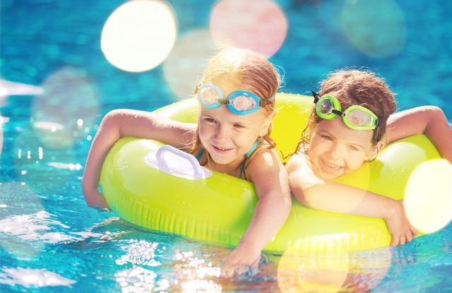Děti u vody