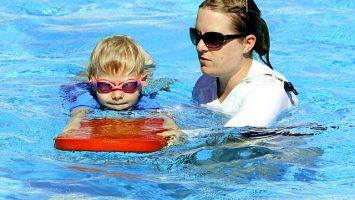 Správné plavecké pomůcky pro děti