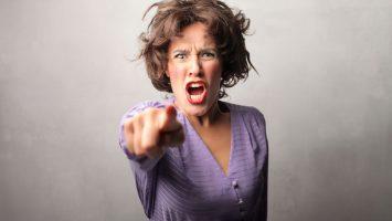 Jak zvládnout své emoce, když se dítě vzteká